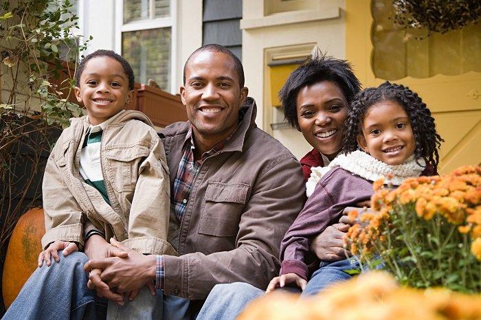family-6.jpg.f9ad14d5fb1a90e6b52486276bddb8bb.jpg
